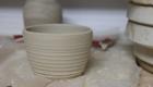 Lederharte Keramik vor dem Trimmen
